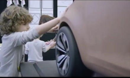 Land Rover Discovery Sport – Mother's Day Surprise
