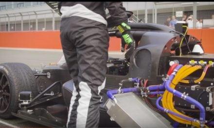 Robot Racing Car
