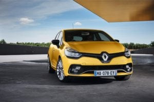 New Clio Renault Sport EMBARGO 14h00 050716 13 300x200 - Renault Clio R.S. An Apology