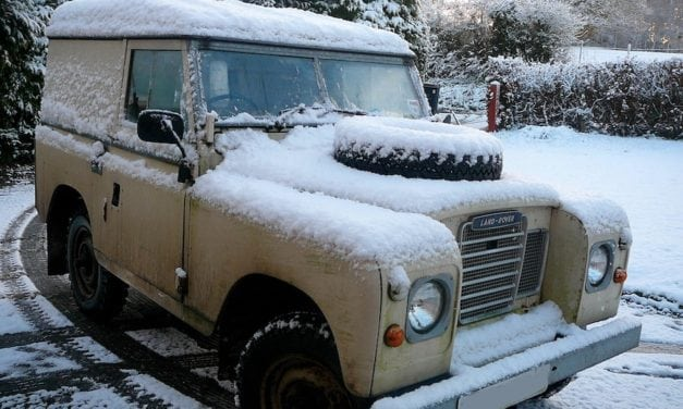 A fifth of winter sports travellers drive to ski, says AA