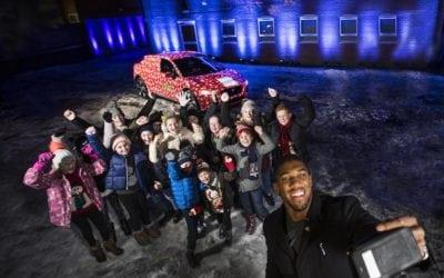 ANTHONY JOSHUA LIGHTS UP CHRISTMAS FOR NSPCC CHILDREN